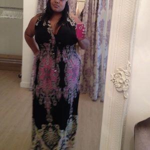 Dresses - Patterned Maxi Dress